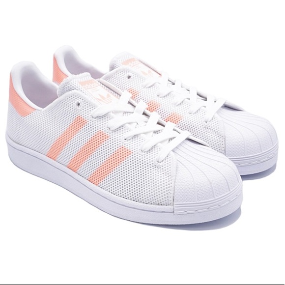 the latest 276db 6b419 ADIDAS ORIGINALS WOMEN'S SUPERSTAR WHITE/PEACH